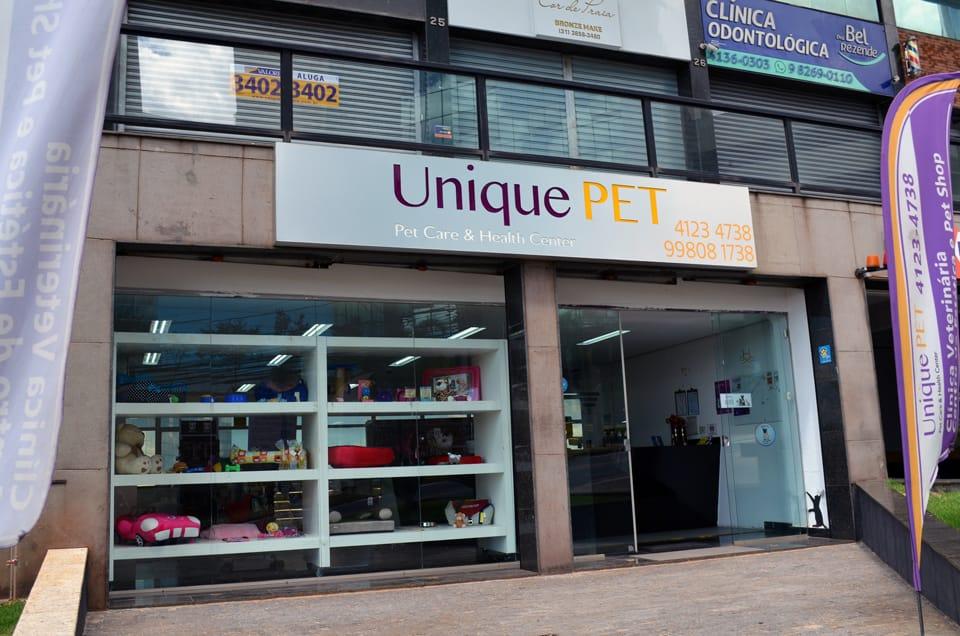 Fachada da Unique Pet Center - Clínica Veterinária e Pet Shop no Buritis